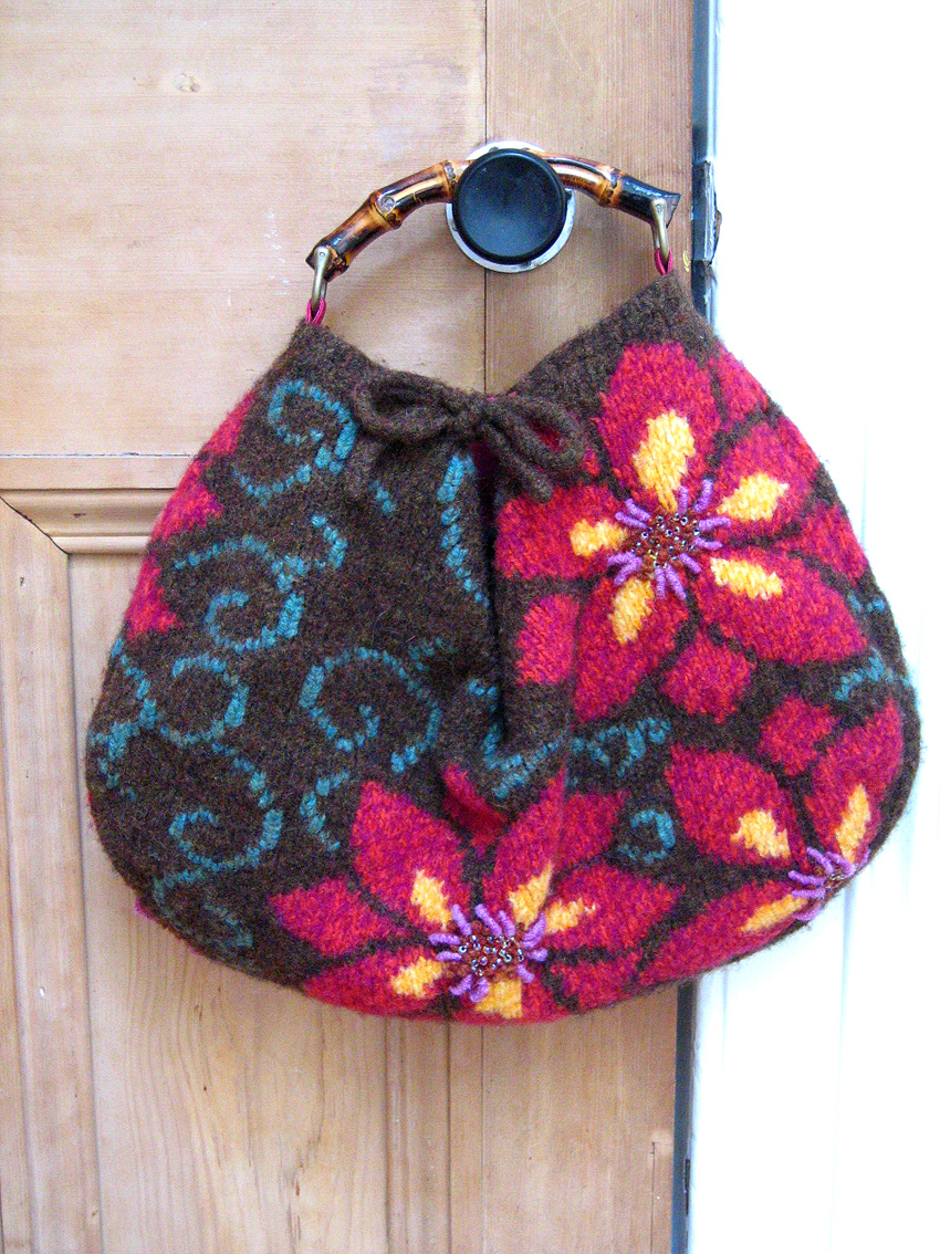 Knitting Pattern Felted Bag : Felted Floral Bag, Knitting magazine issue 78   JeanetteSloanDesign