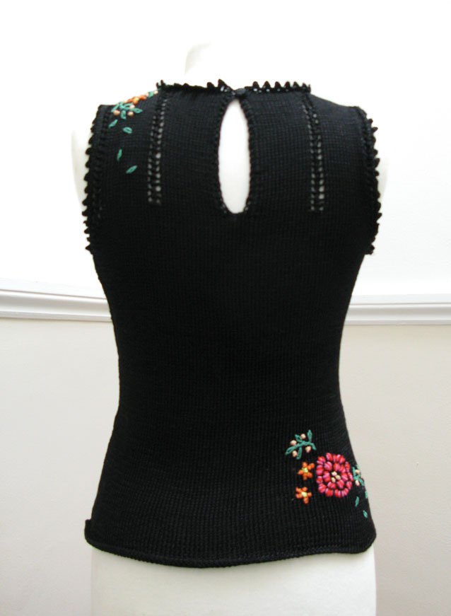 Floral Sleeveless Top, Knitting issue 79   JeanetteSloanDesign